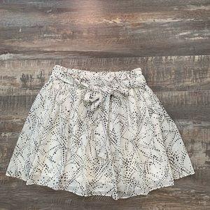 🌻3/25 or 2/20 Love21 beautiful skirt BUNDLE
